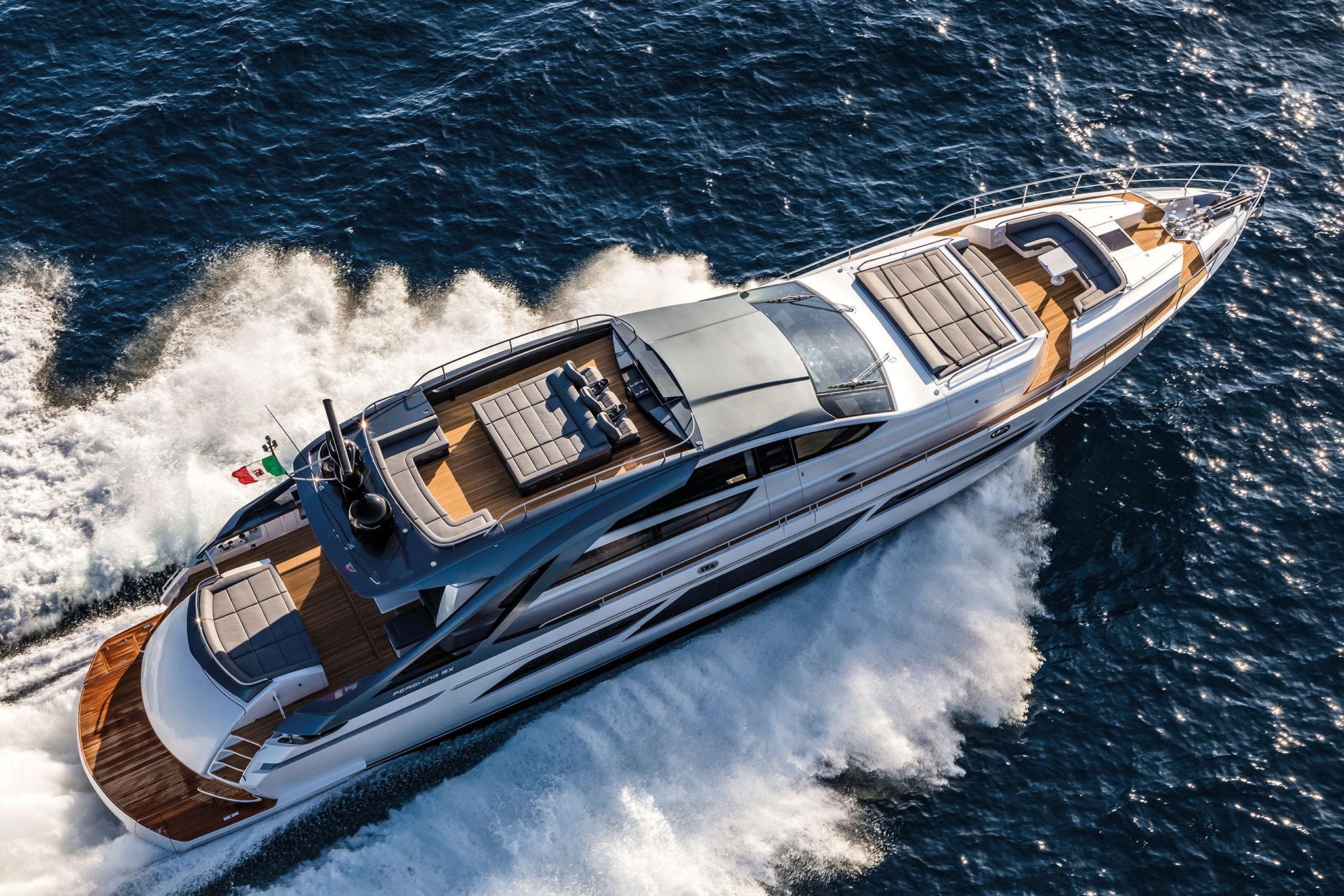 ferretti-group-pershing-9x-yachts-france-171-12