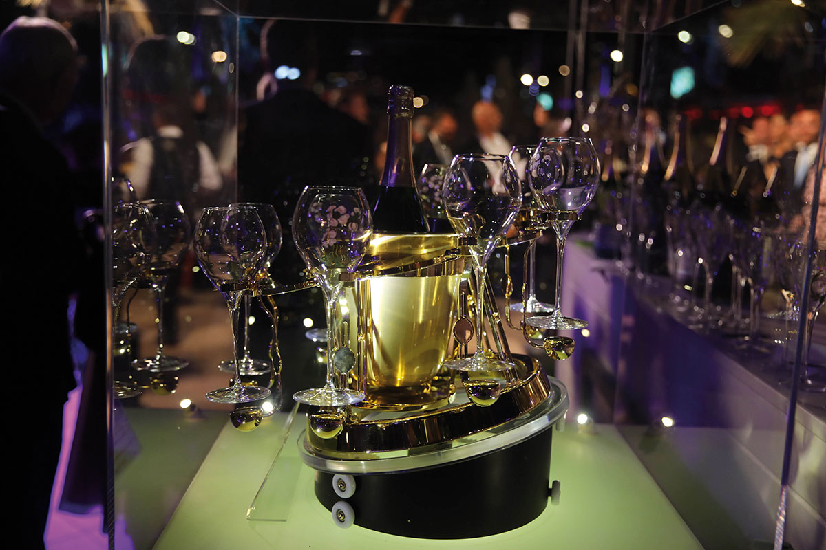 0J3A9970-ambiance-world-yachts-trophies-2019