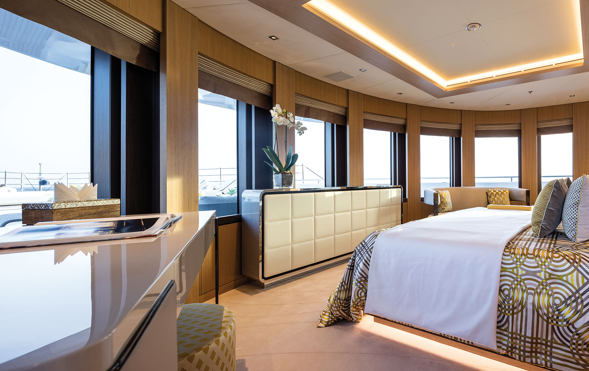 Benetti-FB276-MY-Metis-Interiors-Jeff-Brown-(7)-yachts-france-173