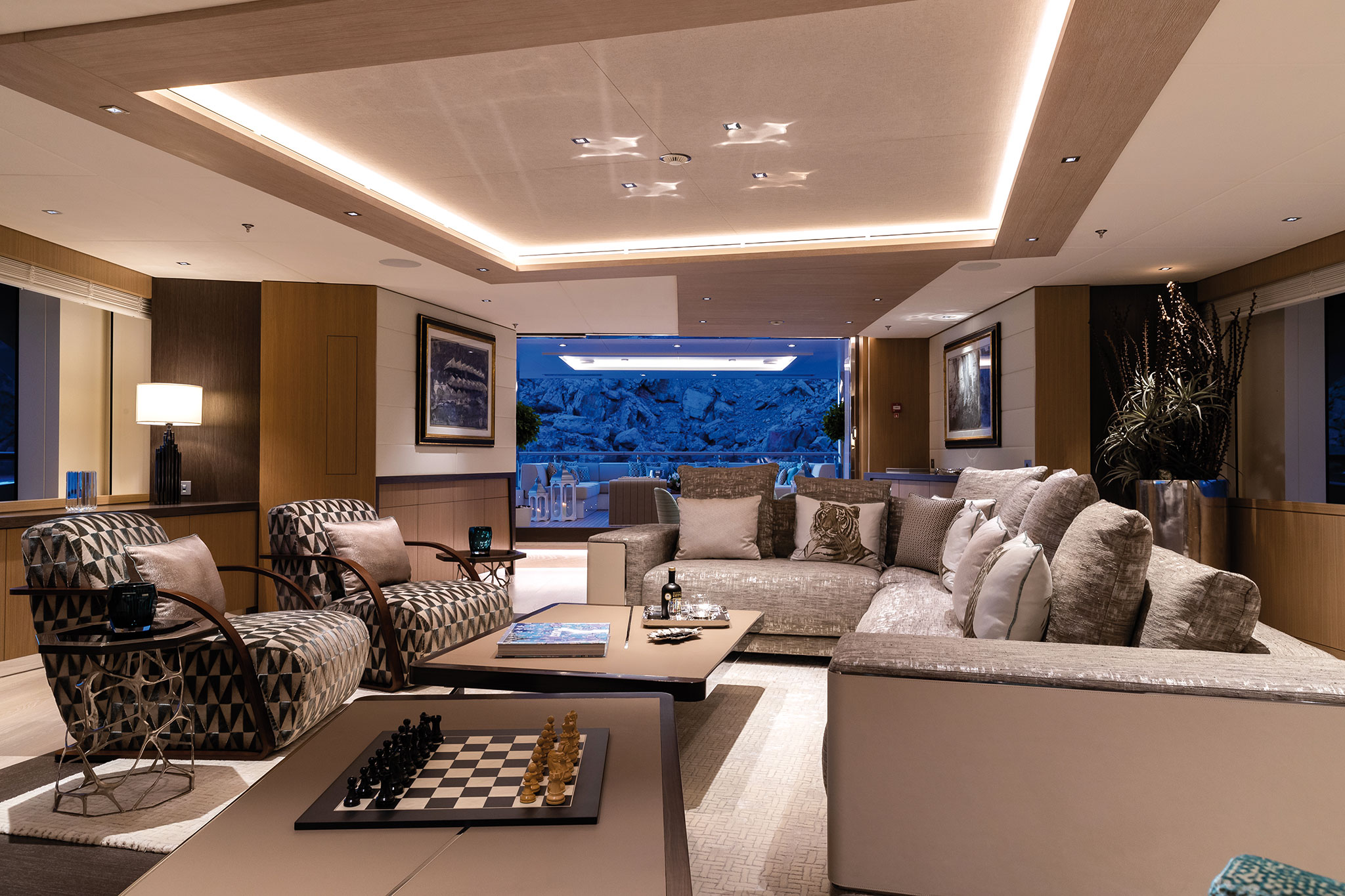 Benetti-FB276-MY-Metis-Interiors-Jeff-Brown-(71)-yachts-france-173
