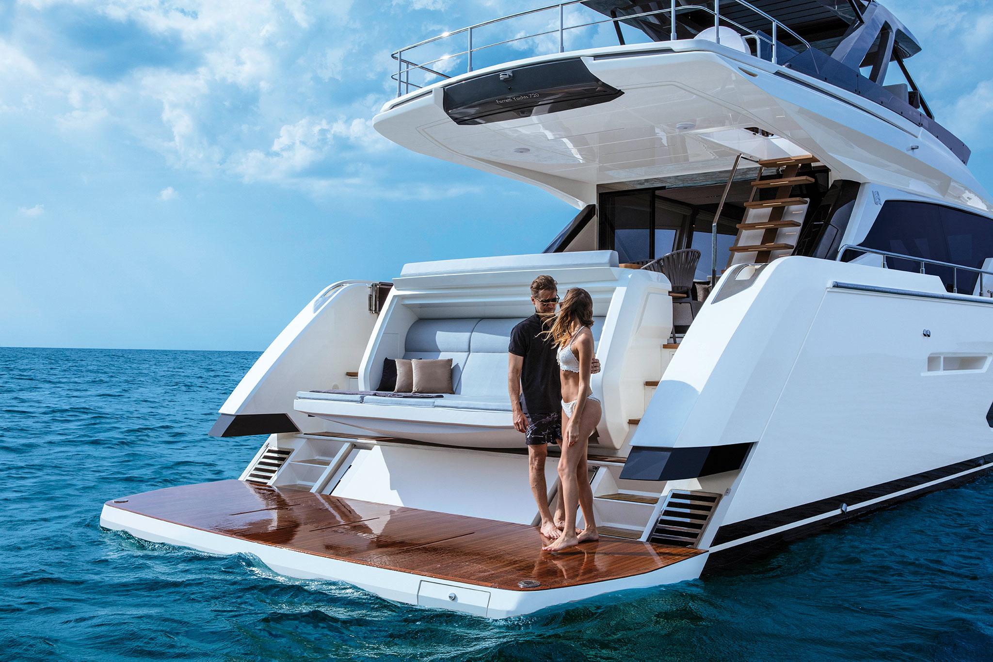 ferretti-Yachts-720-floating-platform-yachts-france-173