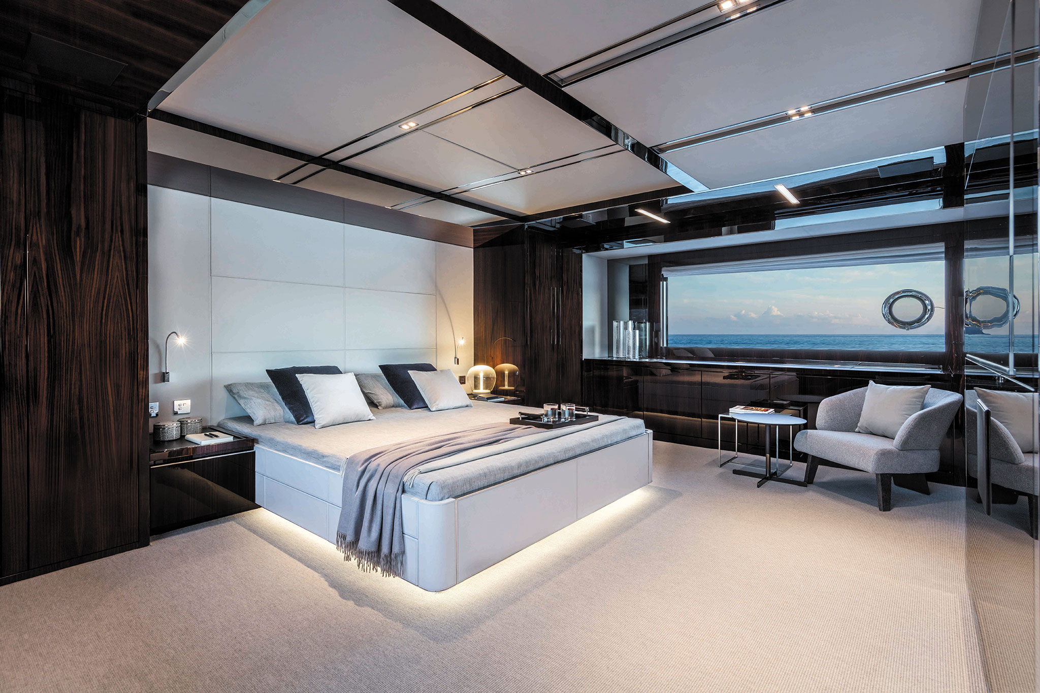 Riva-110-Dolcevita-Yachts-France-171-Interiors-21