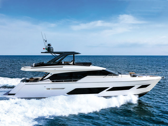 ferretti-yachts-720-img-couv-essai-portfolio-yachts-france-173