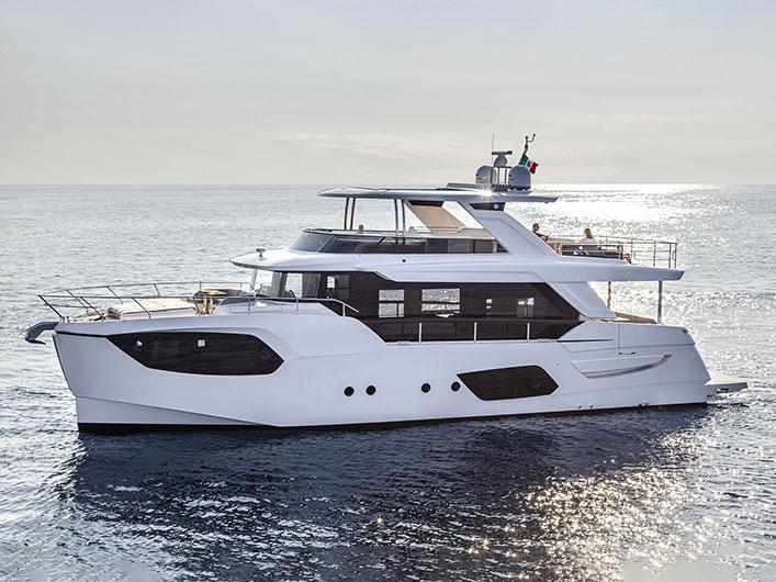 Absolute-Navetta-68-03-img-couv-essai-portfolio-yachts-france-174
