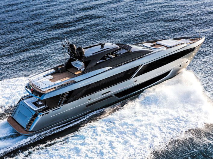 Riva-110-Dolcevita-Yachts-France-171-img-essai-couv